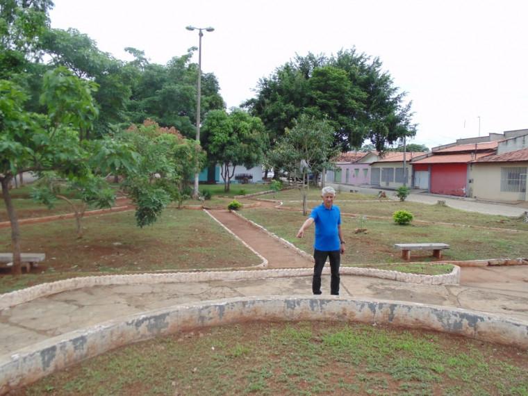 Vereador Ferreirinha na Praça da Vila Aliança