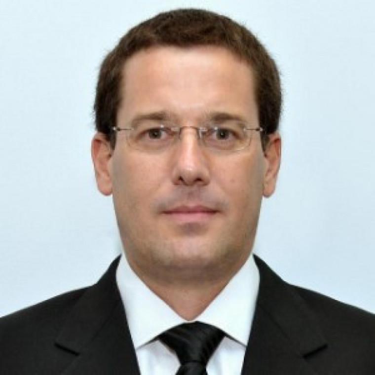 Médico Dr. Andrés G. Sánchez
