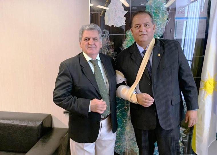 Eduardo Gomes recebe o engenheiro civil José Rubens Mazzaro em seu gabinete