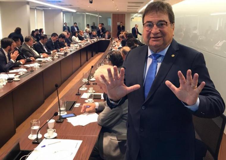 César Halum no encontro em Brasília