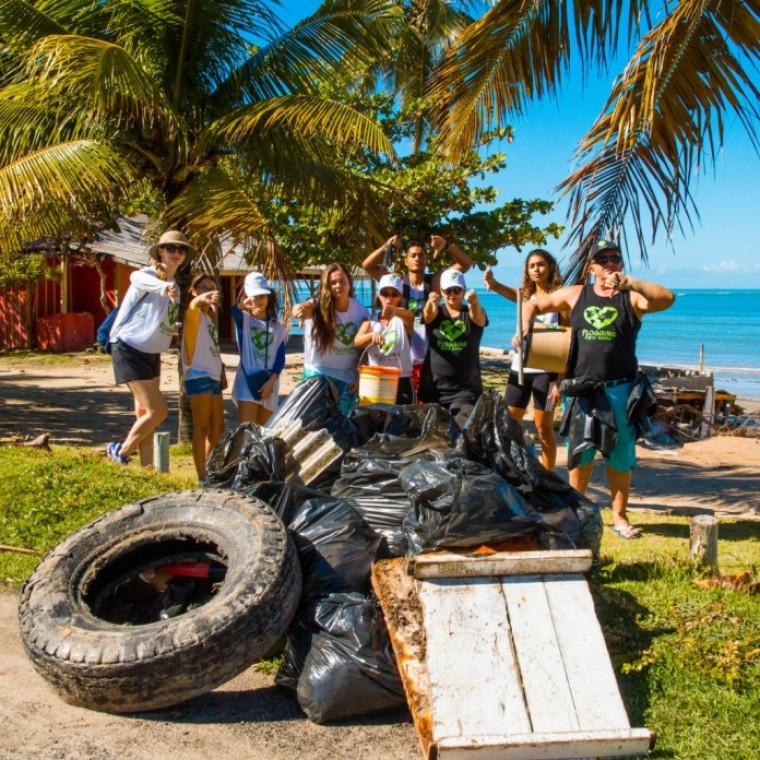 O Plogging também pode ser praticado na praia e integrado a outras modalidades ao ar livre