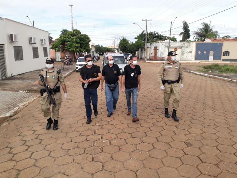 Equipe de fiscalização nas ruas de Guaraí