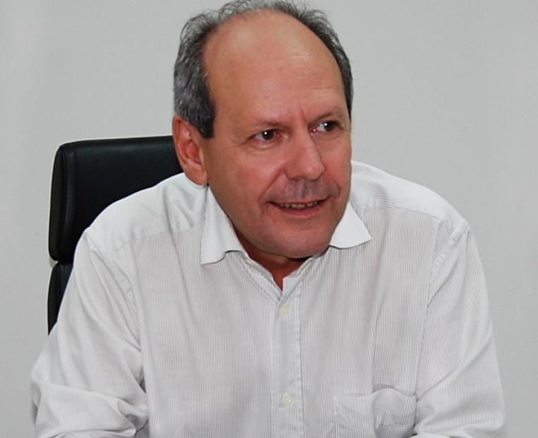 Dimas enfrenta a maior crise financeira de sua gestão