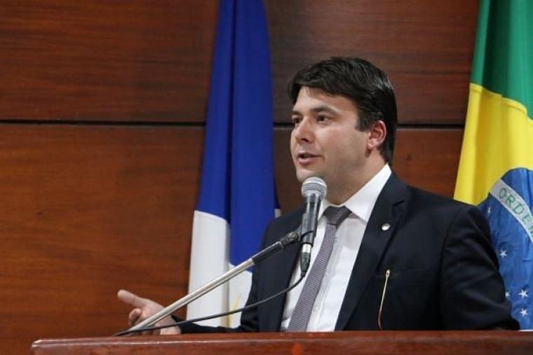 Gedeon Pitaluga é presidente da OAB/TO