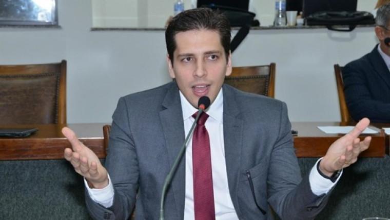 Deputado estadual Olyntho Neto (PSDB)