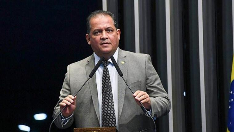 Senador Eduardo Gomes é filiado ao MDB