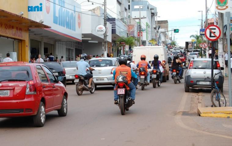 Motociclistas no centro de Araguaína