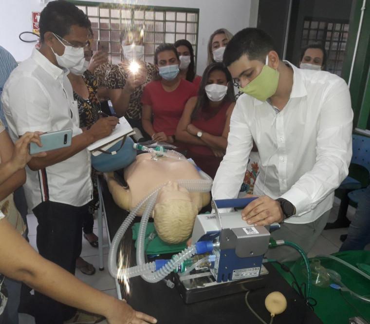 Servidores da unidade passaram por capacitação para atender pacientes de covid-19