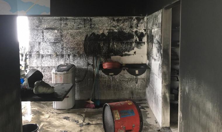 O fogo atingiu apenas a despensa