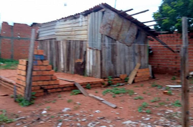 A droga estava escondida em um barracão de madeira no bairro Monte Sinai