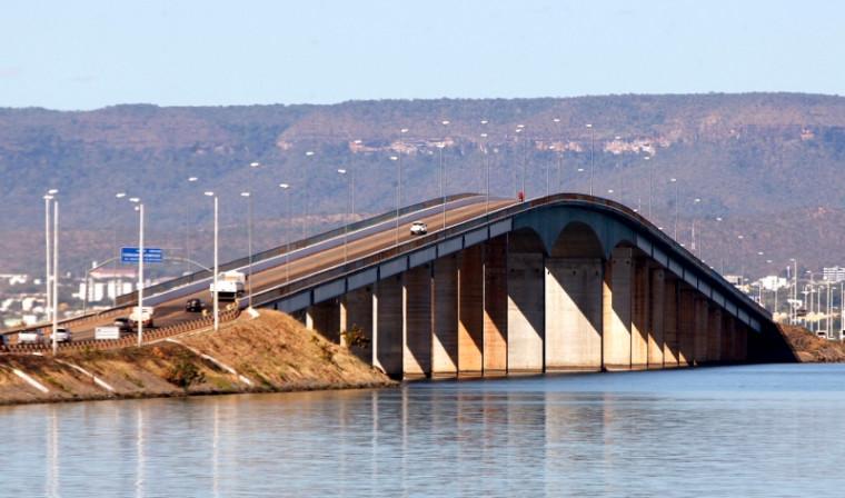 Ponte FHC teve valor superfaturado