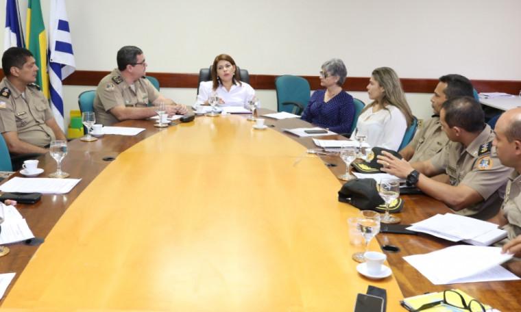 Reunião entre Seduc e PM