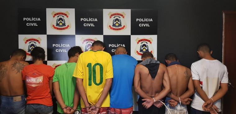 Oito presos em flagrante durante a operação