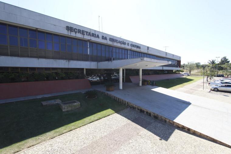Quatro vagas são destinadas a servidores efetivos com cargo de professor, vinculados à Seduc