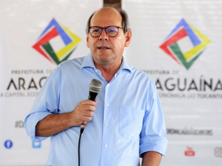 Prefeito Ronaldo Dimas disse que o dinheiro vai aquecer o fim de ano no comércio da cidade