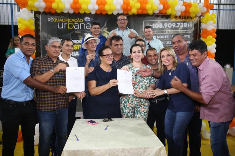 Assinatura da ordem de serviço em Palmas