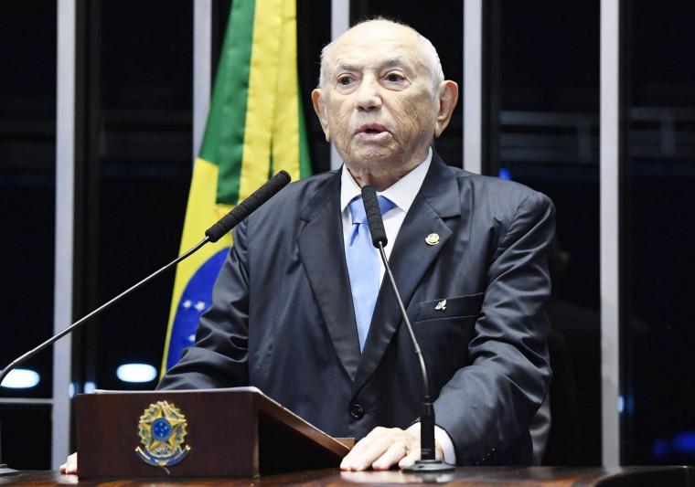 Siqueira Campos quando assumiu o Senado Federal