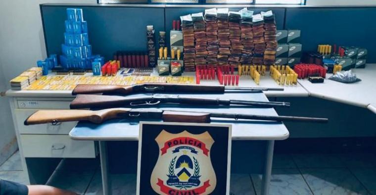 Dinheiro, arma, munições e cartões