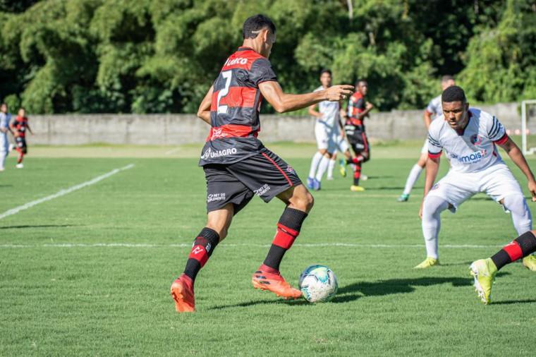 Atleta Matheus Silva, do Vitória