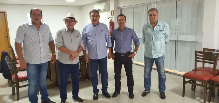 Dimas, Laurez, Gipão, Wagner Rodrigues e empresário Borjão