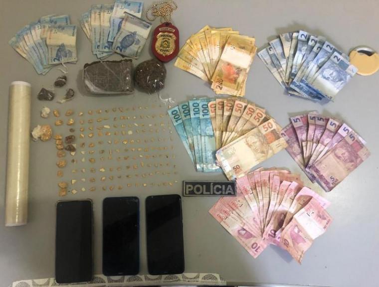 Drogas, dinheiro e outros produtos apreendidos