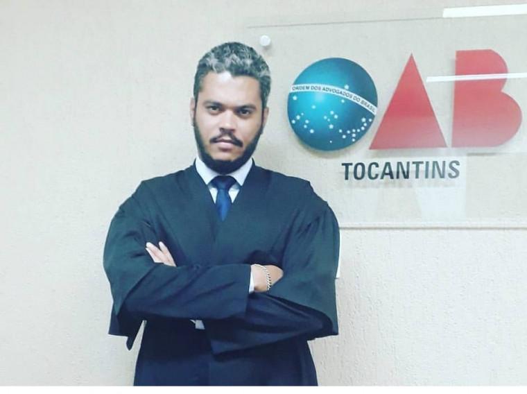 Advogado Maurício Araújo