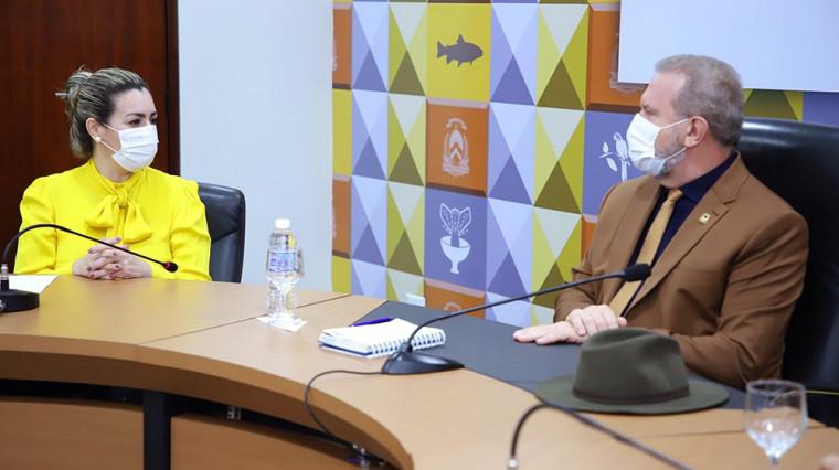 Aliança fechada entre o governador Carlesse e a prefeita Cinthia Ribeiro