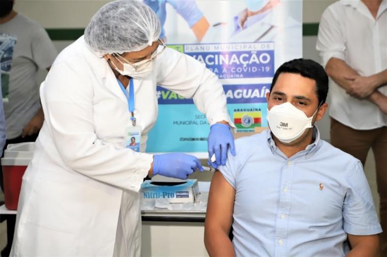 Médico Gustavo Lira Leite