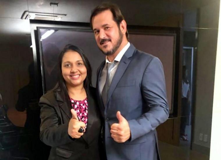 Vanda Monteiro ao lado do vice-presidente nacional do PSL Antônio Rueda durante reunião em Brasília