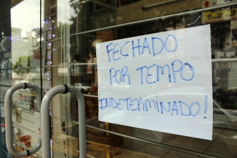 Muitos comércios estão fechados e sem faturamento