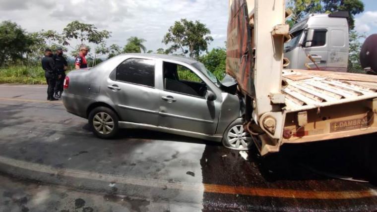 Motorista ficou ferido