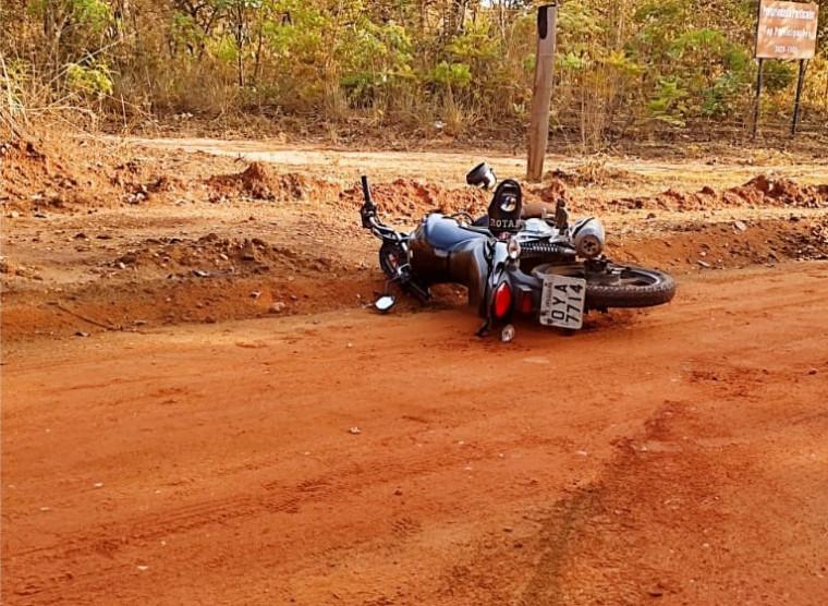 Motocicleta usada pelos suspeitos tinha registro de furto/roubo