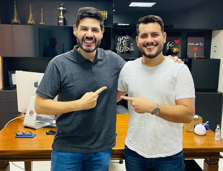 Zé Ottávio é natura de Araguaína e começou a cantar profissionalmente em 2018