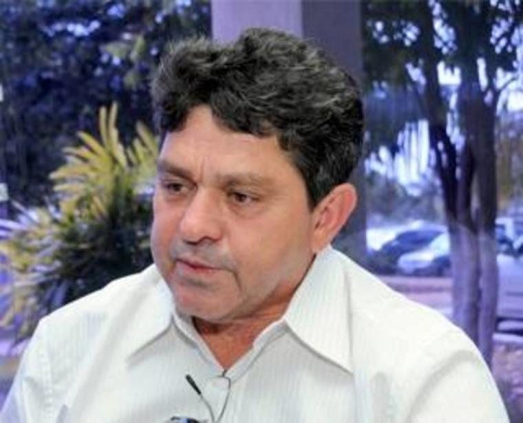Ex-prefeito Valtenis Lino