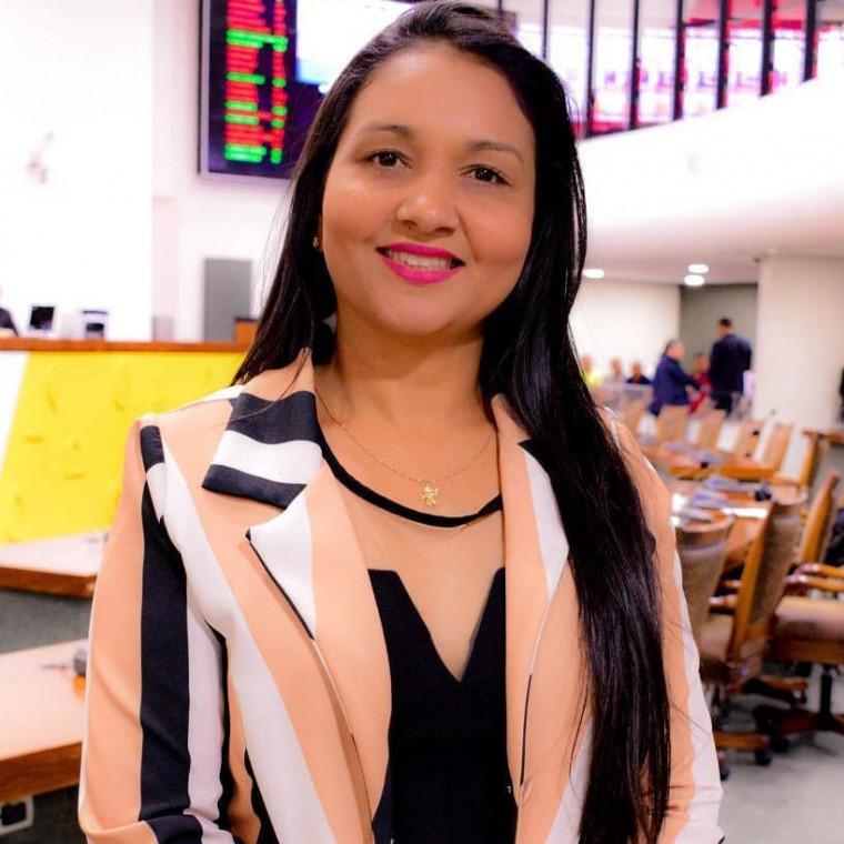 Vanda Monteiro é pré-candidata a prefeita de Palmas