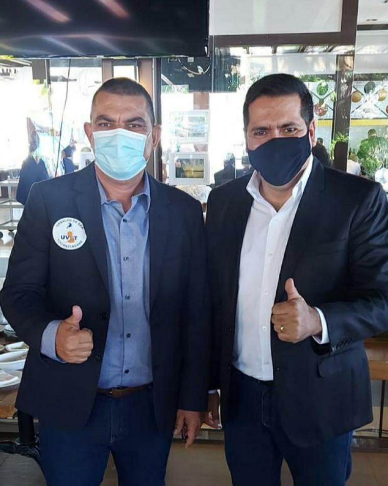 Vereador Gideon Soares estava acompanhado do vice-prefeito Marcus Marcelo