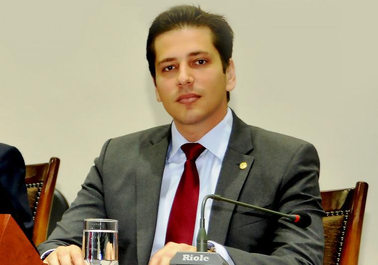 Olyntho Neto é deputado estadual pelo PSDB