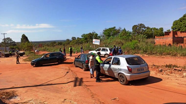 Fiscalização na estrada da Jacubinha, em Araguaína