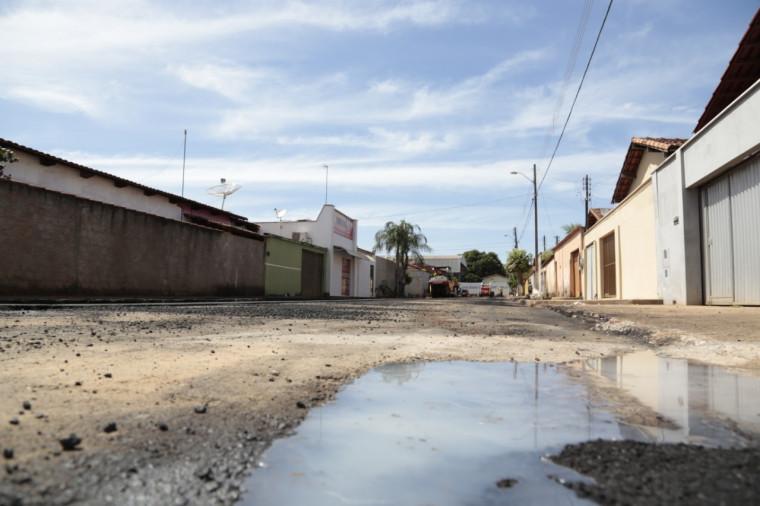 Água proveniente de lavagem de calçadas, garagens, muros, fachadas e portões, não é considerada água