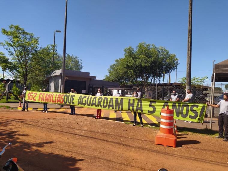 Aprovados em manifesto na frente do Presídio de Araguaína