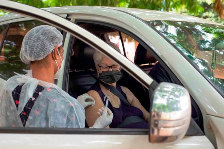 Vacinação ocorreu em vários pontos da Capital
