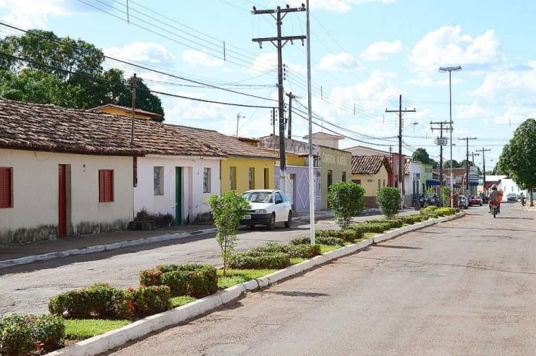 Ele estava morando com outra mulher e trabalhando como cantor em Araguacema (TO)