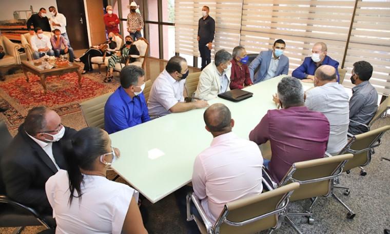 Governador Mauro Carlesse colocou seu Gabinete à disposição dos prefeitos