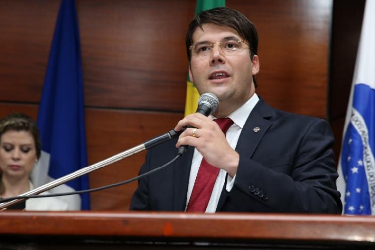Presidente da OAB-TO, Gedeon Pitaluga