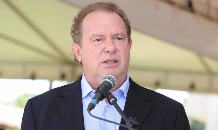 'Use a tribuna para anunciar boas novas', pediu o governador