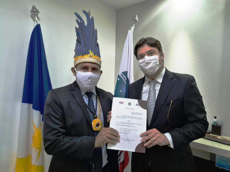 Advogado Rogério Xerente e presidente da OAB/TO Gedeon Pitaluga
