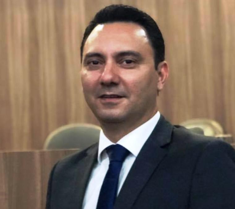 Advogado Vinícius Caetano era conselheiro da OAB/TO