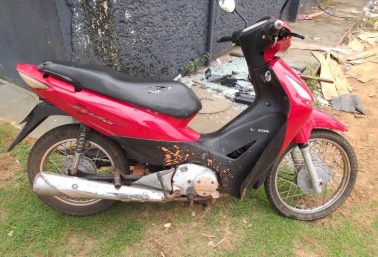 Moto usada na prática dos crimes