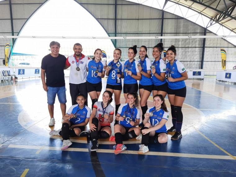 A equipe do Colégio Santa Cruz