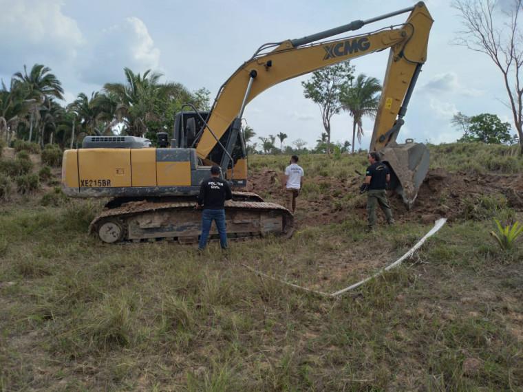 Retroescavadeira estava no município de Buriti do Tocantins